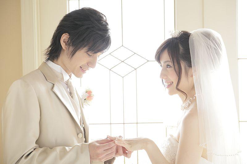 chính phủ Nhật thúc đẩy người dân kết hôn