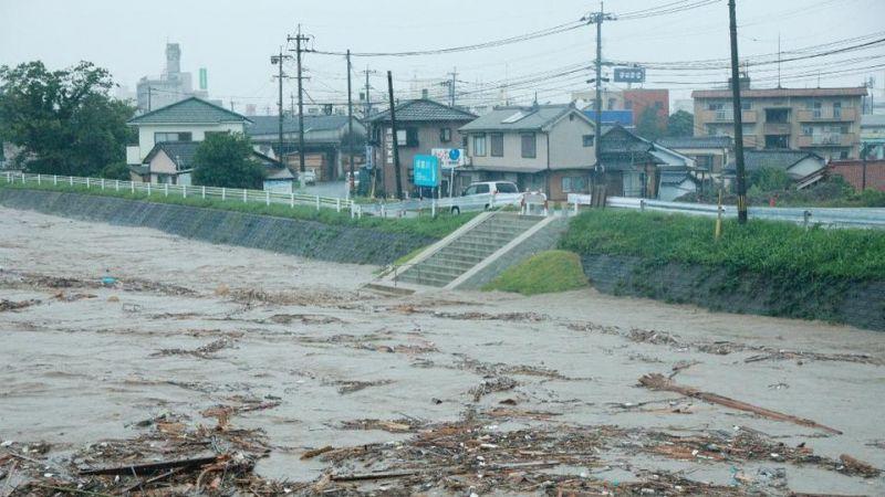 Tây Nam Nhật Bản chịu nhiều thiệt hại vì mưa lớn
