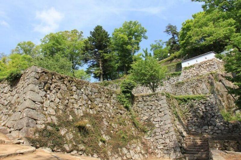 Nhật Bản có bao nhiêu lâu đài cổ