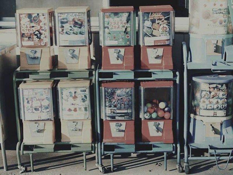 Gachapon: những món quà bất ngờ trong quả bóng nhựa