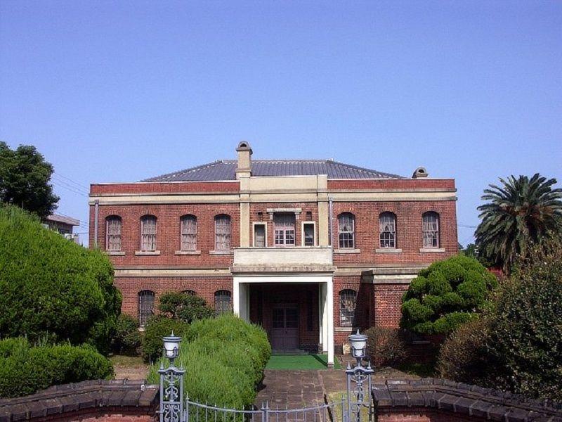 vì sao các tòa nhà lịch sử ở Nhật Bản lần lượt bị phá hủy