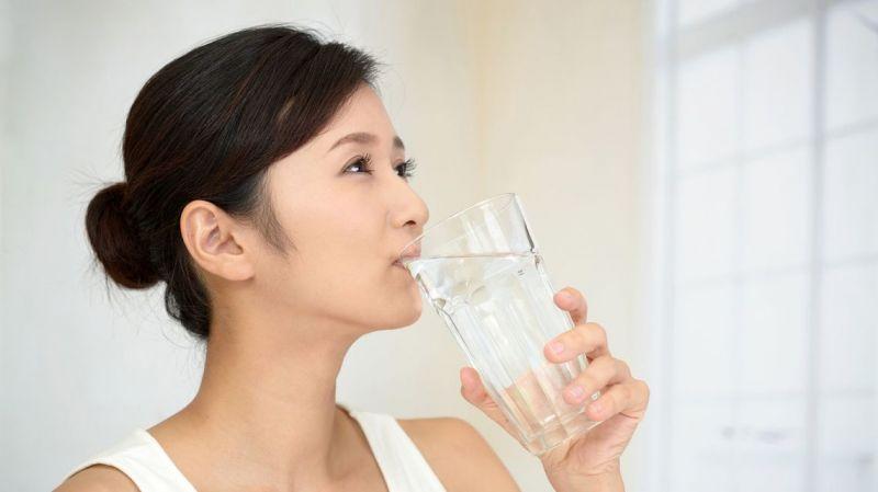 liệu pháp uống nước