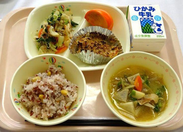 cơm trưa kyushoku