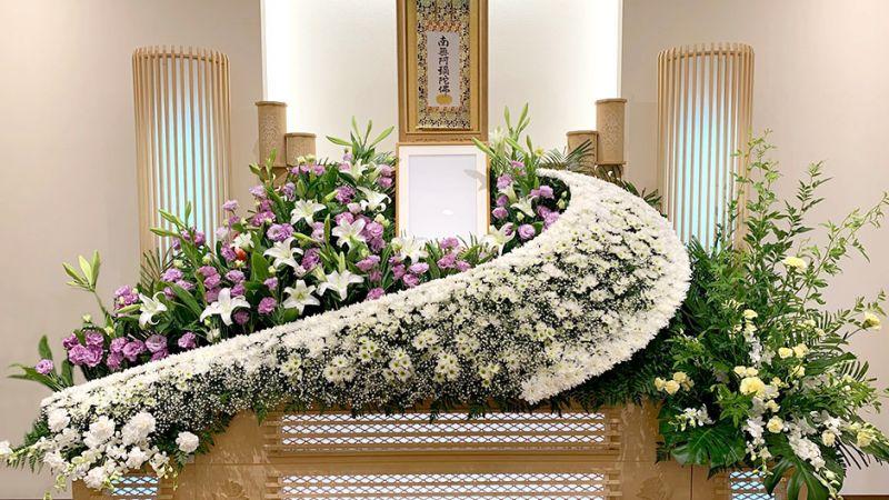 nghệ thuật cắm hoa trong lễ tang của người Nhật