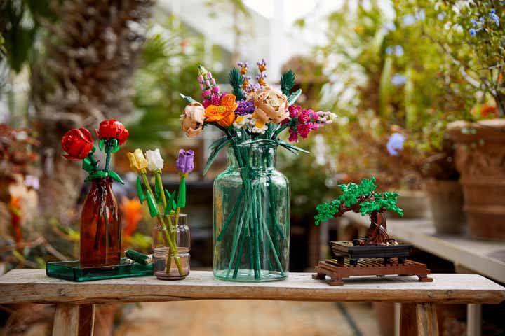 làm mới không gian sống bằng bonsai và hoa cảnh LEGO