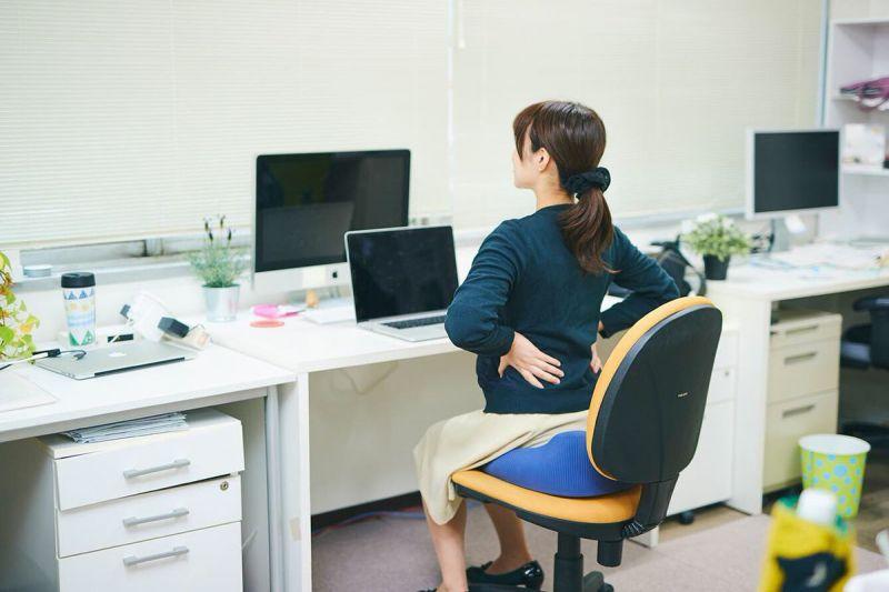 cách ngồi làm việc khoa học cho dân văn phòng