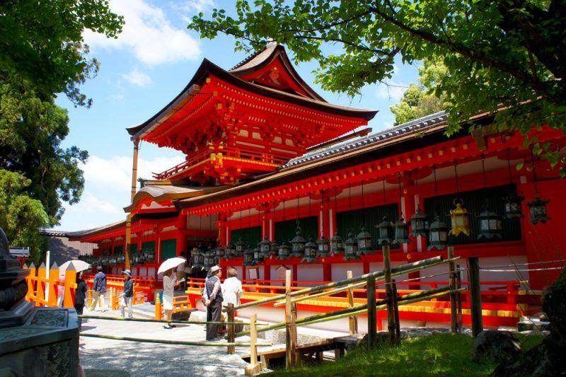 1000 chiếc đèn lồng thắp sáng ngôi đền vào lễ Setsubun