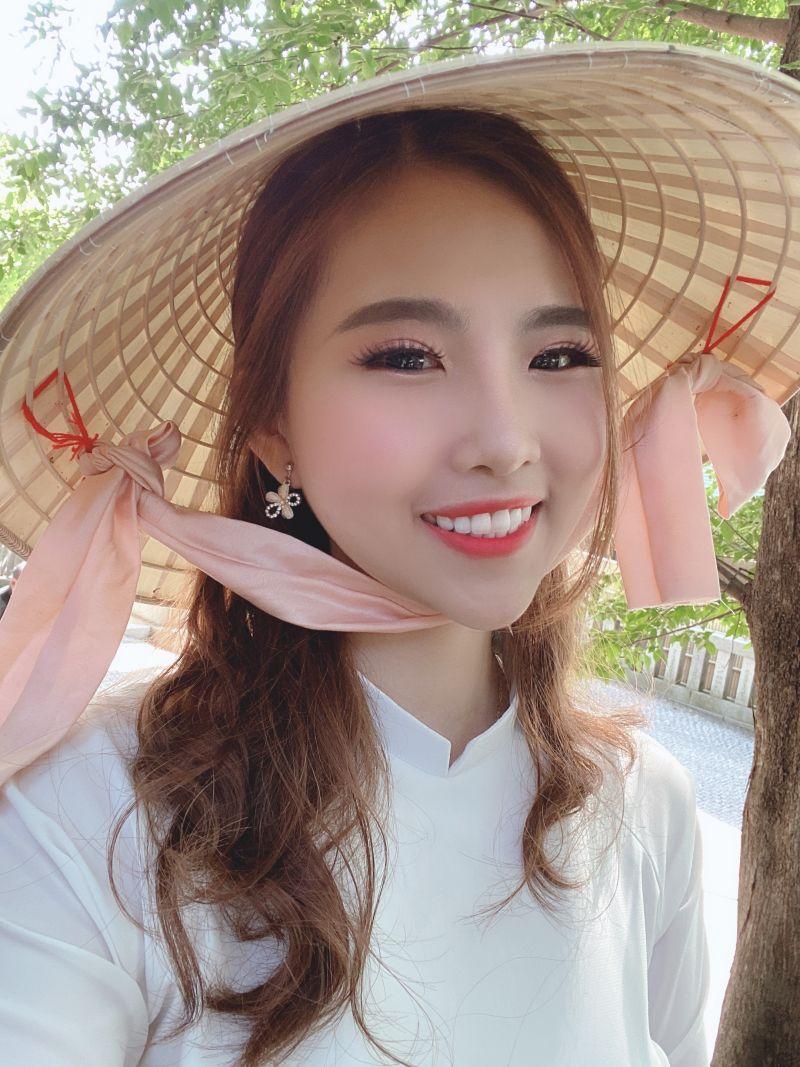 cô gái Việt và kênh Youtube dành cho người Nhật