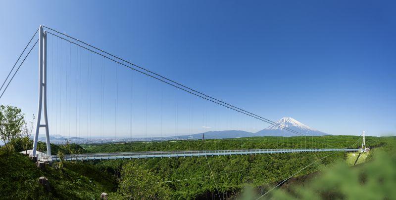 ngắm núi Phú Sĩ từ cầu treo dài nhất Nhật Bản