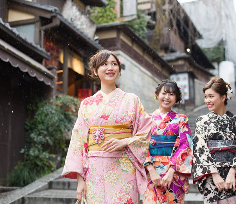 luật bất thành văn bạn cần lưu ý khi mặc kimono